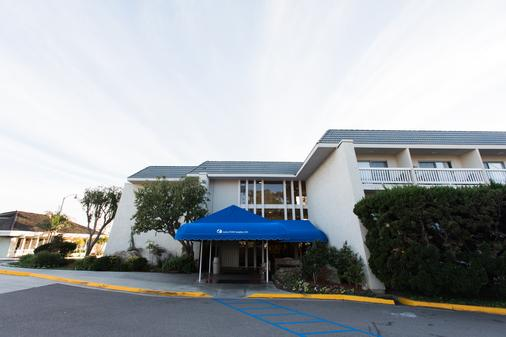 Dana Point Marina Inn - Dana Point - Building