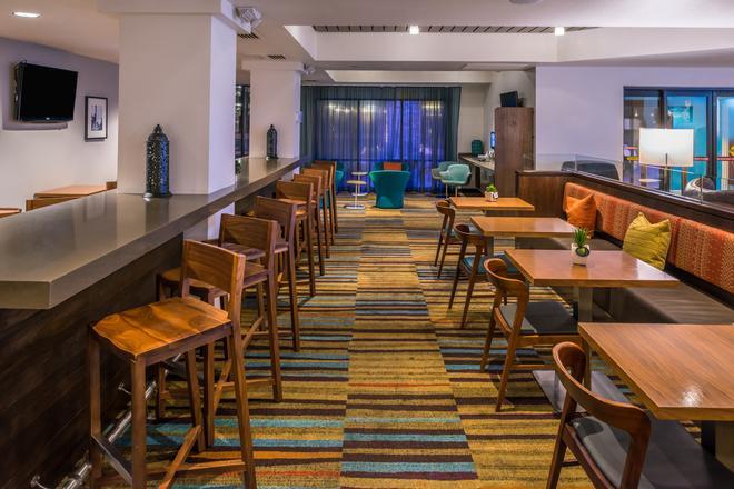 Fairfield Inn by Marriott Las Vegas Convention Center - Las Vegas - Bar