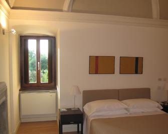 Hotel Casa Mancia - Foligno - Bedroom
