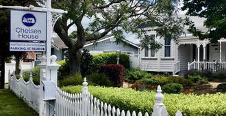 Chelsea House Bed & Breakfast - Whangarei - Building