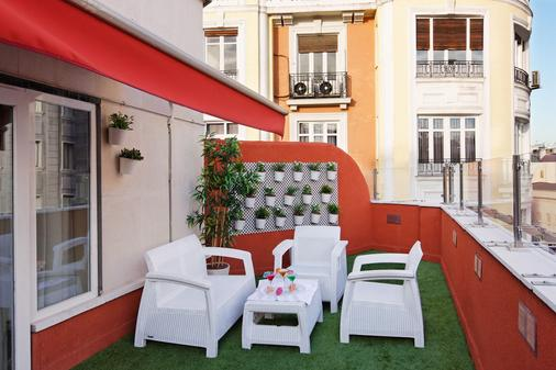 Hotel Mayorazgo - Madrid - Parveke