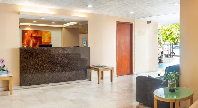 Hotel & Suites Real del Lago - Villahermosa - Lobby
