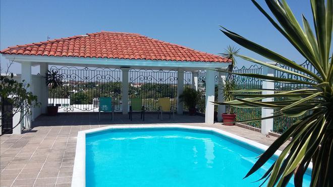 Hotel & Suites Real del Lago - Villahermosa - Pool