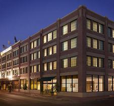 Renaissance New Orleans Arts Warehouse District Hotel