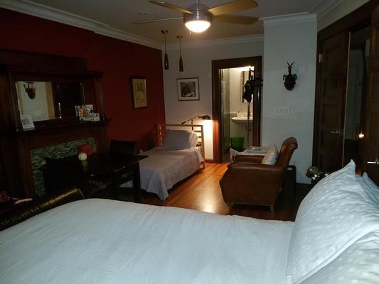 West 119th B&B - New York - Bedroom