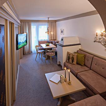 Pfefferkorns Hotel - Lech am Arlberg - Living room