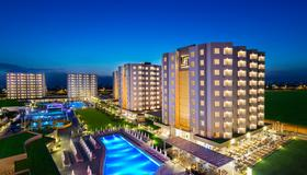 Grand Park Lara Hotel - Antalya - Building