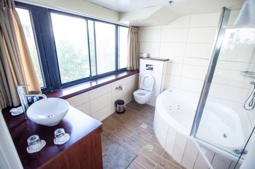 Shani Hotel - Jerusalem - Bathroom