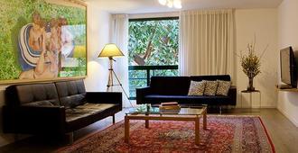 Diaghilev LOFT live art hotel - Tel Aviv - Olohuone