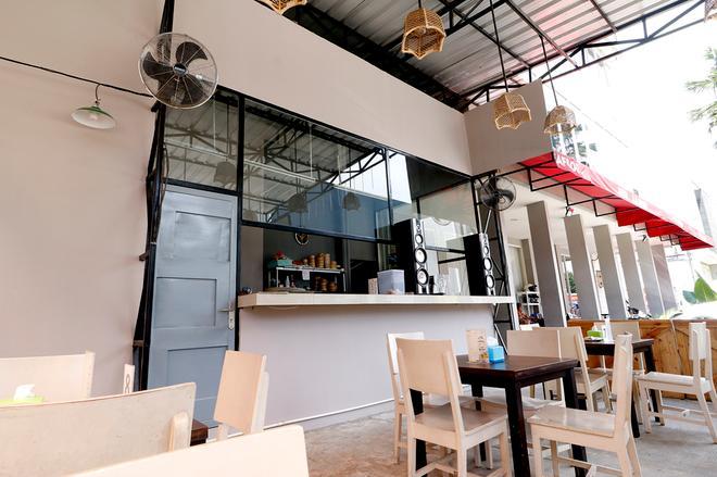 RedDoorz Plus @ Kapuk Business Park - West Jakarta - Restaurant