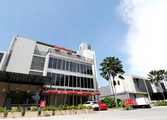 RedDoorz Plus @ Kapuk Business Park - West Jakarta - Edificio