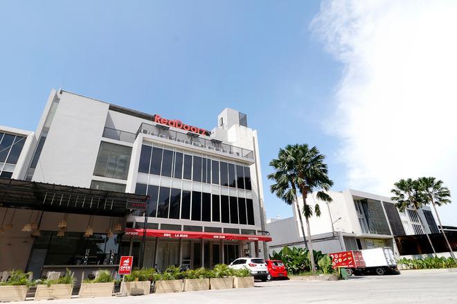 RedDoorz Plus @ Kapuk Business Park - West Jakarta - Building