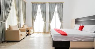 RedDoorz Premium @ Gandaria Jagakarsa - Yakarta - Habitación