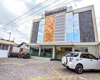 RedDoorz Plus @ Jalan Kaliurang - Ngaglik - Building
