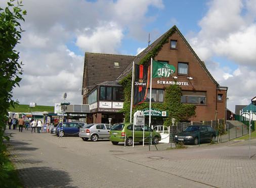 Strandhotel Neuharlingersiel - Neuharlingersiel - Building