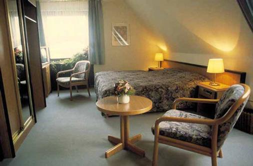 Strandhotel Neuharlingersiel - Neuharlingersiel - Bedroom