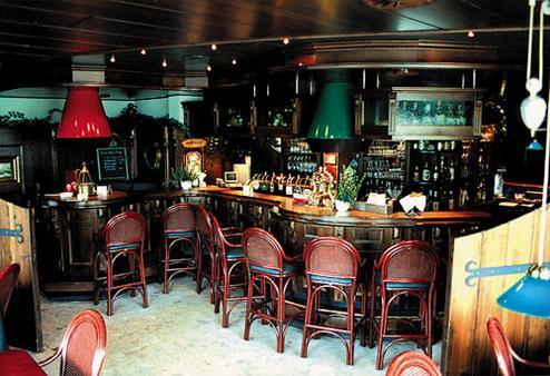 Strandhotel Neuharlingersiel - Neuharlingersiel - Bar