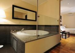 SuiteDreams - Rooma - Kylpyhuone
