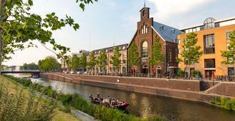 BUNK Hotel Utrecht - Utrech - Edificio