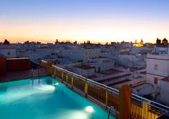 Senator Cádiz Spa Hotel - Cadiz - Pool