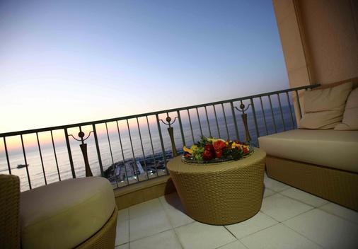 Riviera Hotel Beirut - Beirut - Balcony