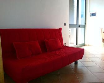 Agriturismo Fratelli Mizzon - Sabaudia - Living room
