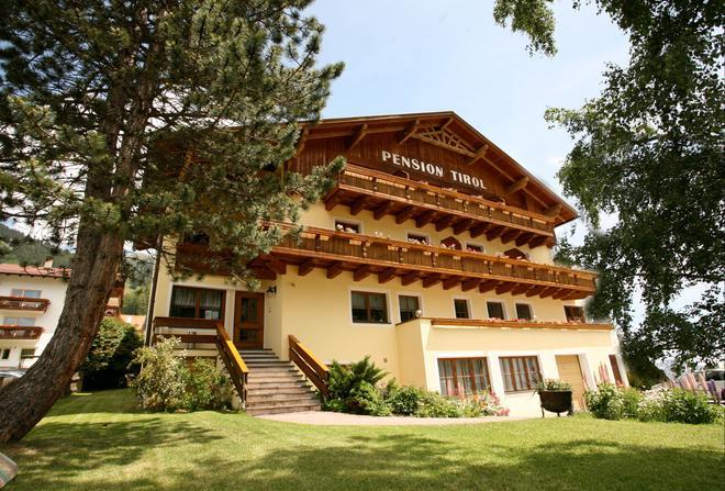 Pension Tirol - Nauders - Building
