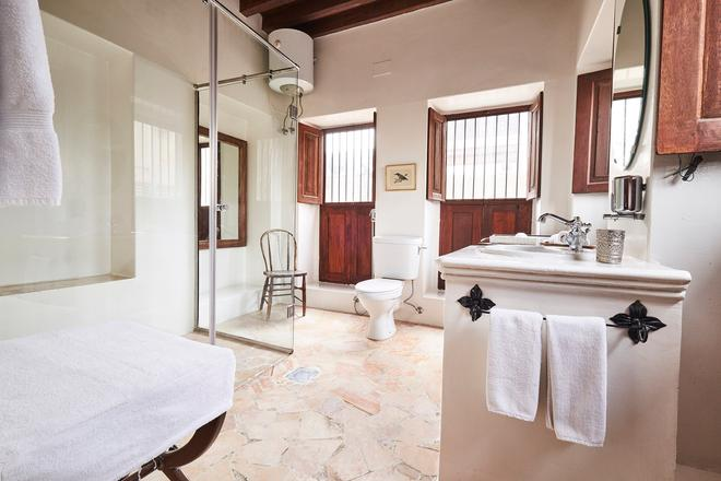 Xva Art Hotel - Dubai - Bathroom