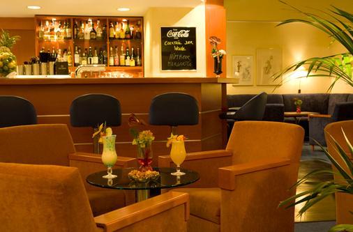 施泰根博閣孔蒂漢莎酒店 - 基爾 - 基爾 - 酒吧