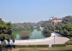 Jaypore House (Ramsingh Bed & Breakfast) - New Delhi - Hotel amenity