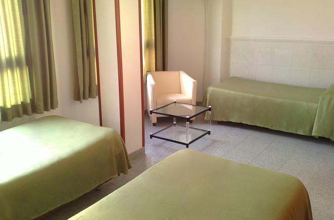 Hostal Centro Ejido - El Ejido - Bedroom