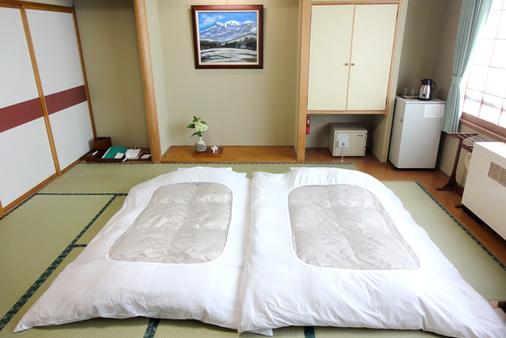 藏王温泉堺屋森之飯店Wald Berg - 山形市 - 臥室