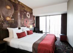 Crown Hotel Eindhoven Centre - Eindhoven - Schlafzimmer