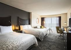 Renaissance Raleigh North Hills Hotel - Raleigh - Makuuhuone