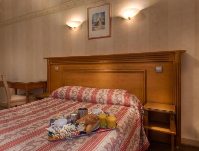 紅衣主教皇家酒店 - 巴黎 - 巴黎 - 臥室