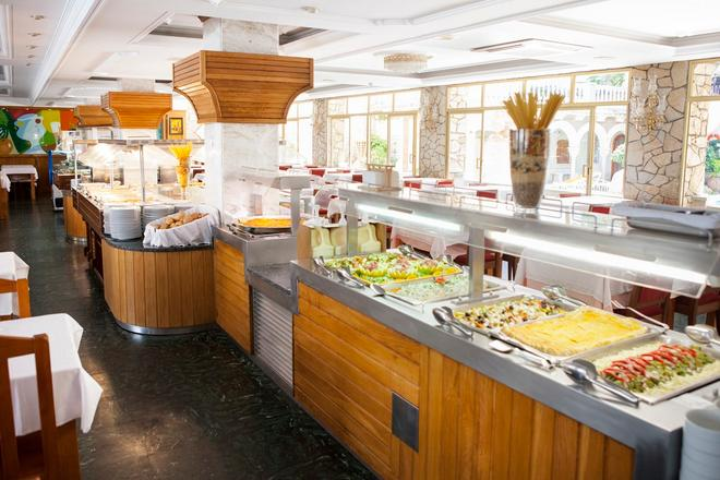 Ibersol Hotel Sorra d'Or - Malgrat de Mar - Buffet