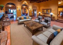 Gran Hotel Rey Don Jaime - Castelldefels - Living room