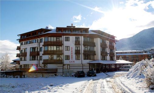 Hotel Elegant Lux - Bansko - Toà nhà
