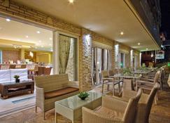 Hotel Agni On The Beach - Sarti - Servicio de la propiedad