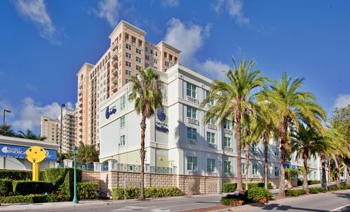 Hotel Indigo Sarasota - Sarasota - Building