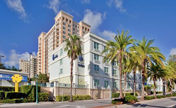 Phenomenal Hotel Indigo Sarasota 139 366 Sarasota Hotel Deals Theyellowbook Wood Chair Design Ideas Theyellowbookinfo