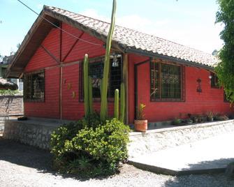 Arie's Cabin - Pifo - Edificio