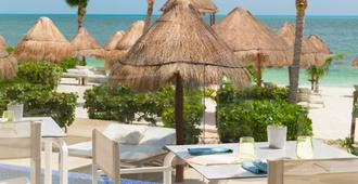 Beloved Playa Mujeres by The Excellence Collection - Adults Only - Cancún - Patio