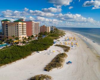 Pink Shell Beach Resort and Marina - Fort Myers Beach - Strand