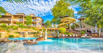 Still Waters Resort - Branson - Rakennus