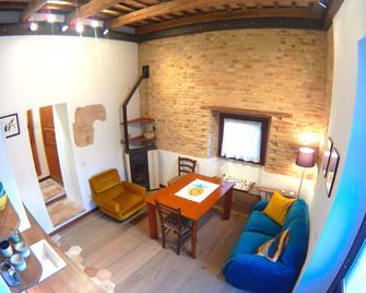 Appartamento Il Pettirosso - Recanati - Huiskamer