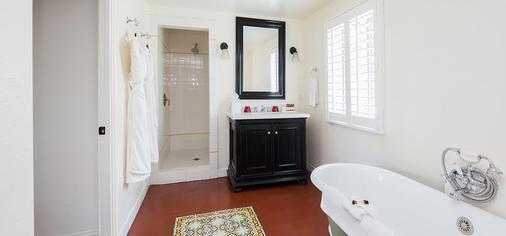 Colony Palms Hotel - Palm Springs - Phòng tắm