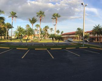 Fairway Inn Florida City Homestead Everglades - Florida City - Venkovní prostory