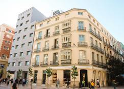 Molina Lario - Málaga - Building