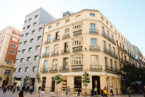 Molina Lario - Málaga - Rakennus